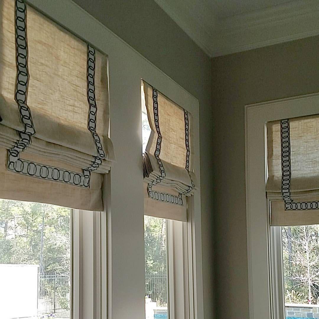 roman shades w trim amanda carol interiors window treatments pinterest roman and interiors. Black Bedroom Furniture Sets. Home Design Ideas