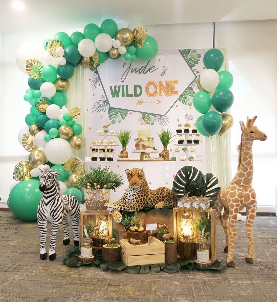 Wild One Safari Birthday Party Ideas Photo 1 Of 29 Boys First Birthday Party Ideas Wild Birthday Party Safari Birthday Party