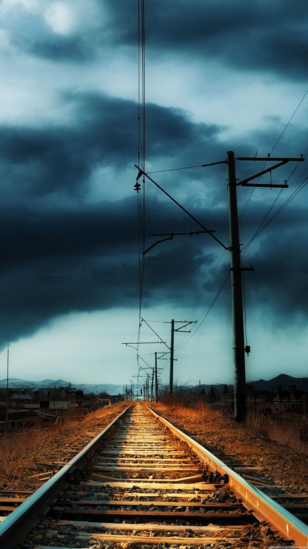Countryside Railway Storm 4k Hd Android And Iphone Wallpaper Background And Lockscreen Samsung Galaxy Wallpaper Cool Lock Screen Wallpaper Landscape Wallpaper