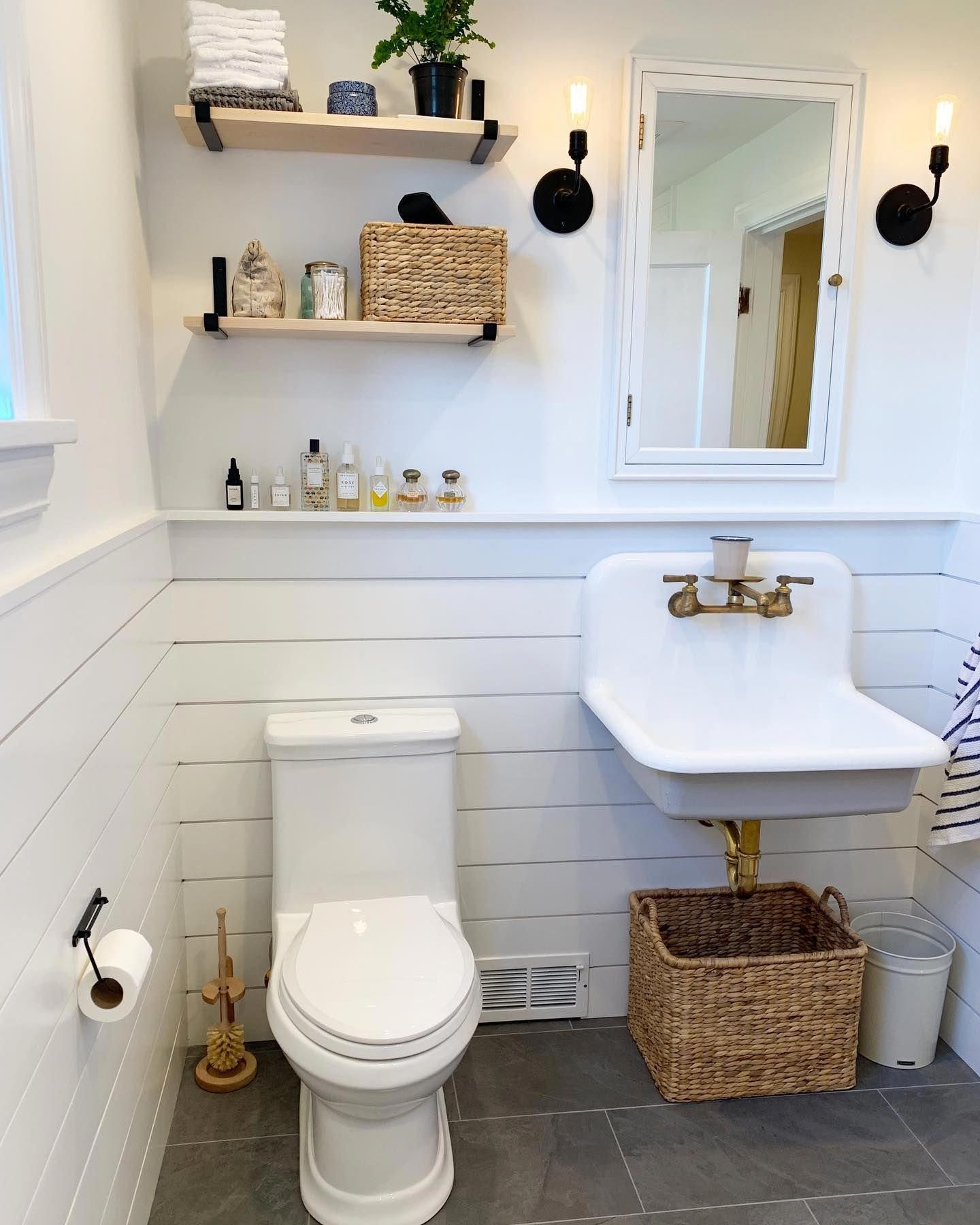 24 Inch Cast Iron High Back Farm Sink In 2020 Small Bathroom Cast Iron Sink Modern Bathroom