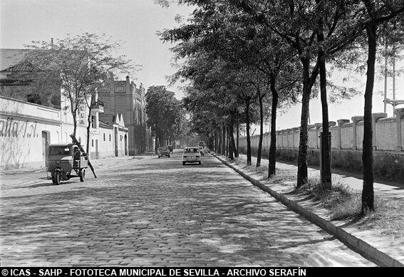 Resultado de imagen de fotografía de la antigua calle Torneo SEvilla