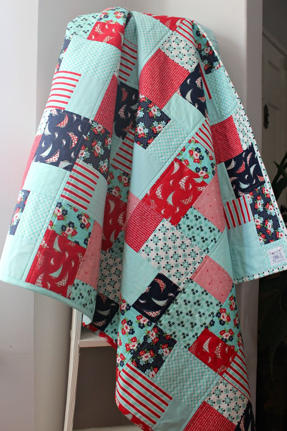 Homemade quilts~ Gift for Her~ Modern Quilt~ Quilted Throw~Lap ... : patchwork quilt blanket - Adamdwight.com