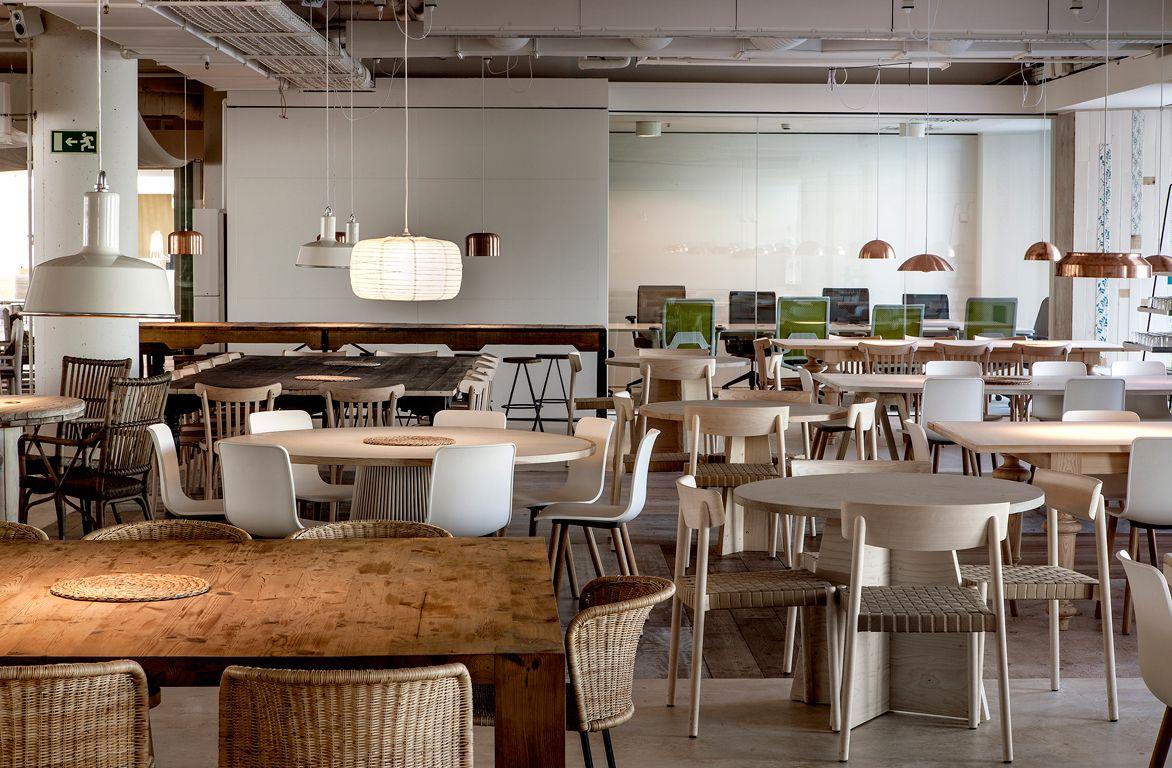 Proyecto de interiorismo de las oficinas de desigual nova for Desigual oficinas barcelona