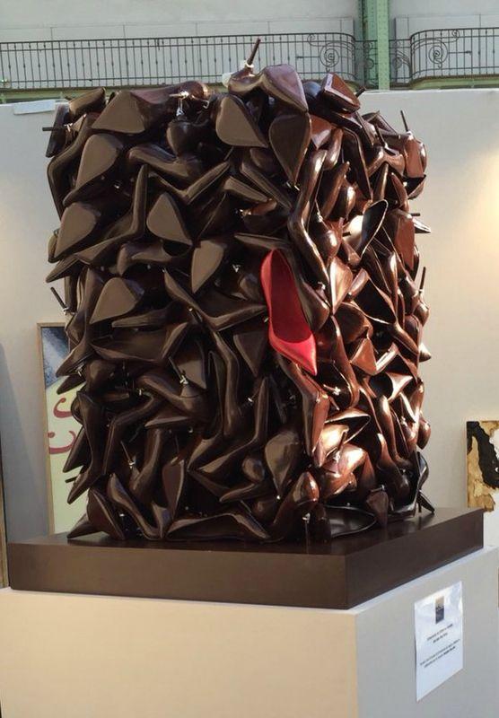 art ph m re la sculpture sur chocolat s 39 expose au grand palais du bruit c t cuisine la. Black Bedroom Furniture Sets. Home Design Ideas