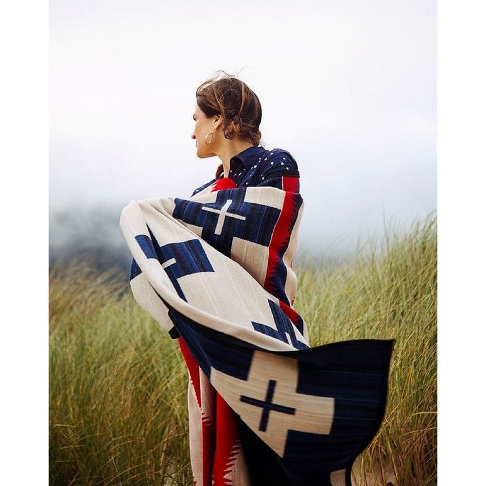 Overstock Com Online Shopping Bedding Furniture Electronics Jewelry Clothing More Pendelton Blankets Native American Blanket Star Blanket