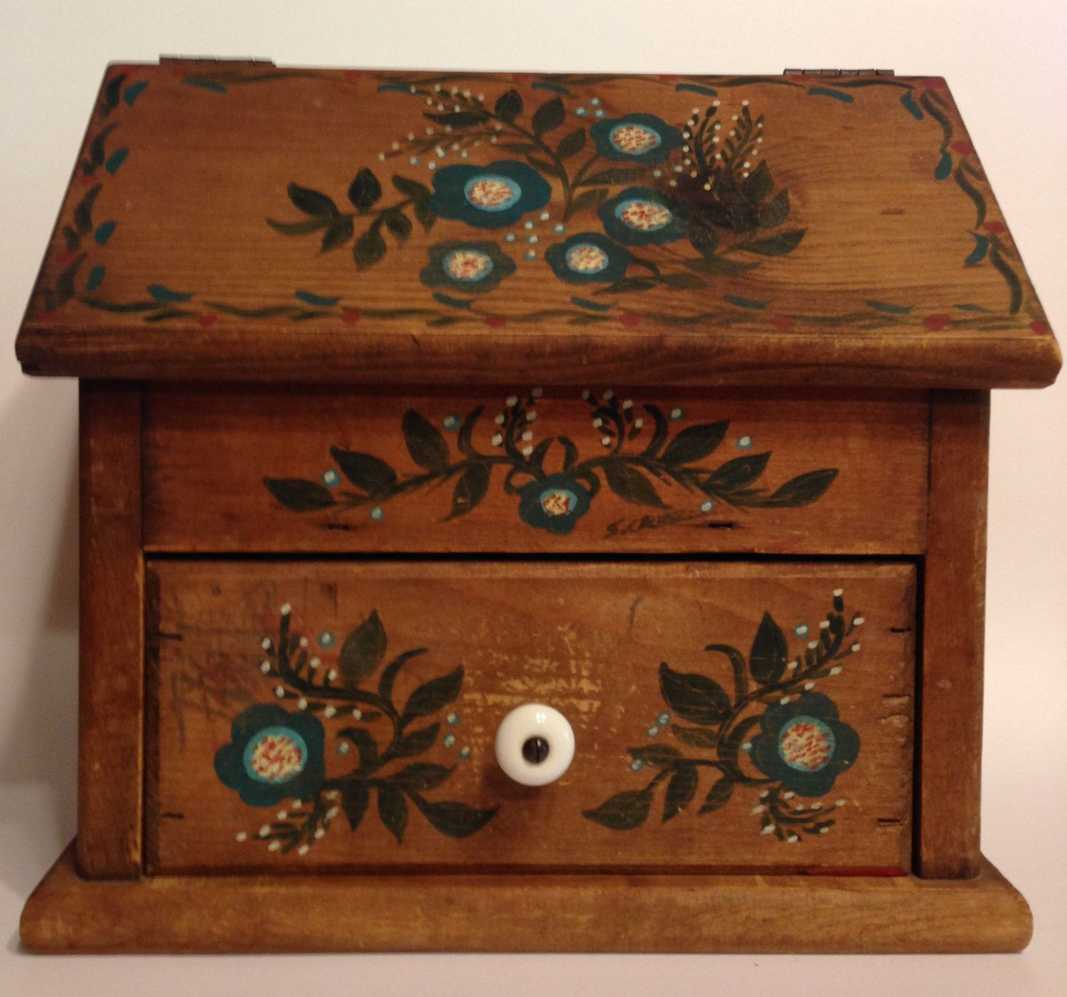Primitive Wall Cabinets Primitive Wall Cabinet With Hand Painted Teal Penny Flowers And