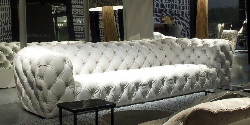 White Leather Sofa With Rhinestones Leathersofa Modernsofa Whitesofa Sofa Sofadesign Sofaideas Sectio White Leather Sofas Couch Design Furniture Trends