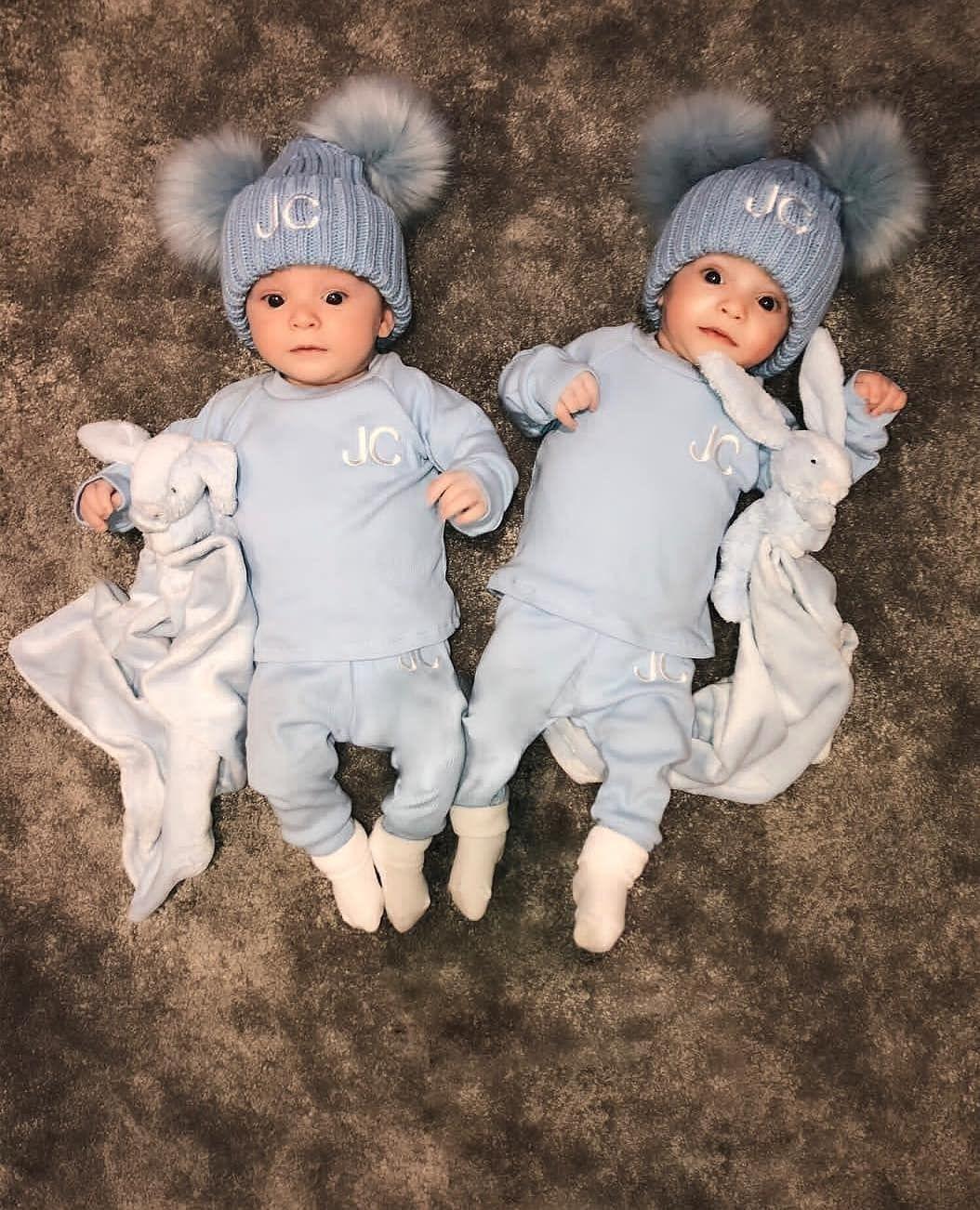 Babycute Twin Twins Baby اطفال توينز توأم مساء مساء الخير صور صوره توام تصميم تصاميم مواليد رمزيه كيوت كياته اكسبلور صبا Baby Onesies Instagram Posts Clothes