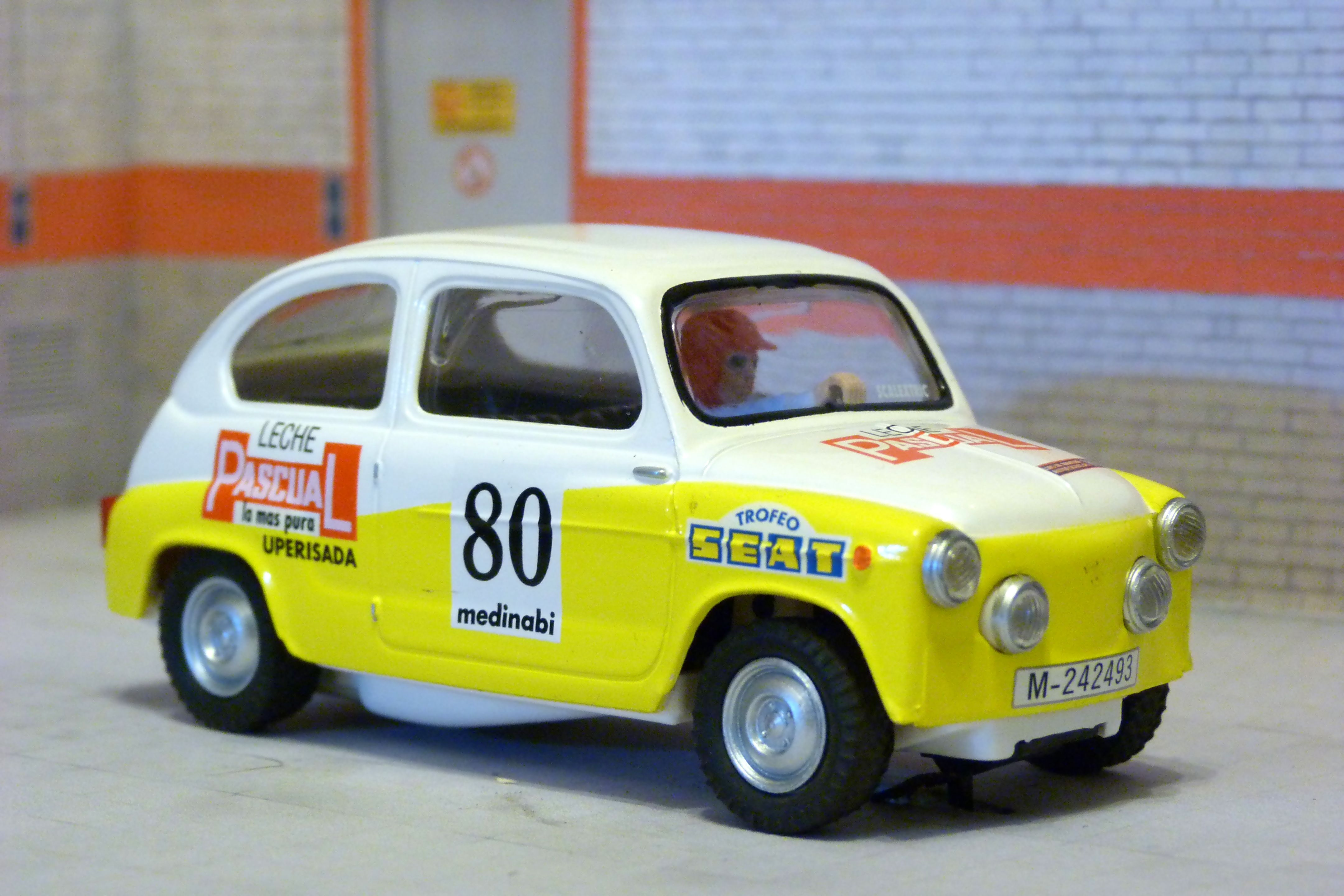 Scalextric Altaya SEAT-14. Seat 600 E. Criterium Luis de Baviera 1974. Pablo de Sousa Sancho. #slotcar
