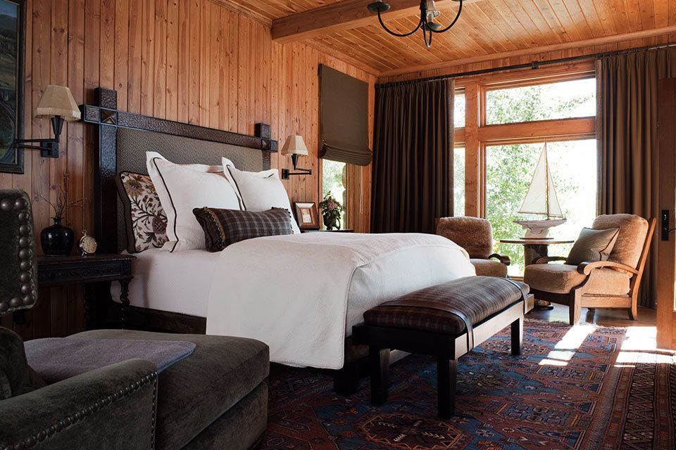 12 Stately and Masculine Bedrooms Masculine bedroom