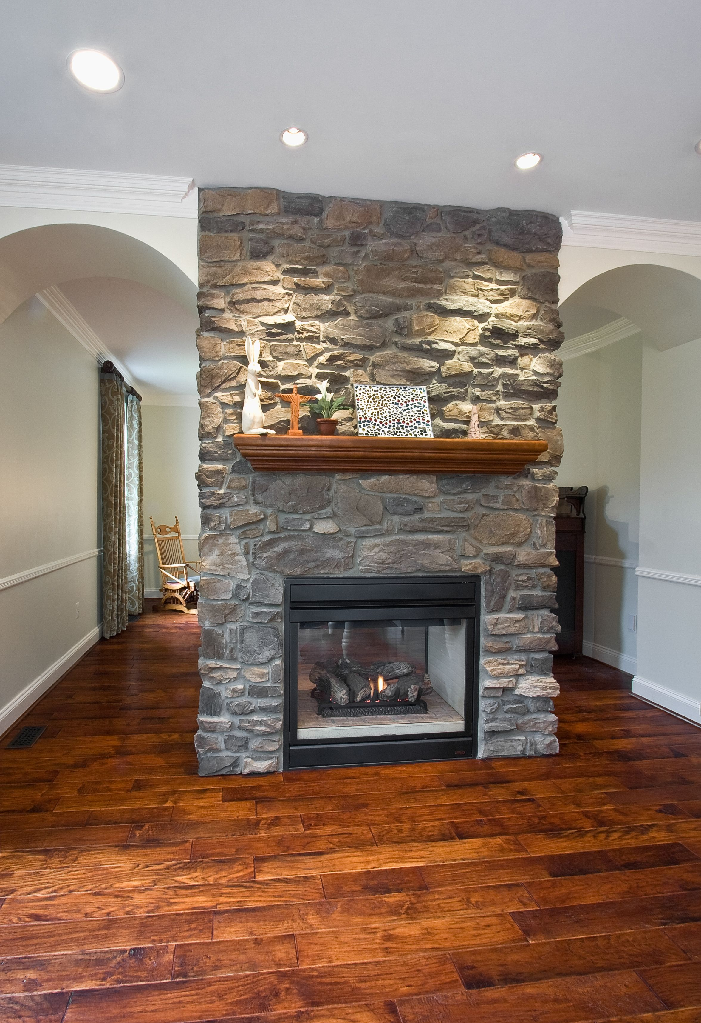 Two Sided Fireplace Want In My House Now Cottage Fireplace Indoor Fireplace Fireplace Design