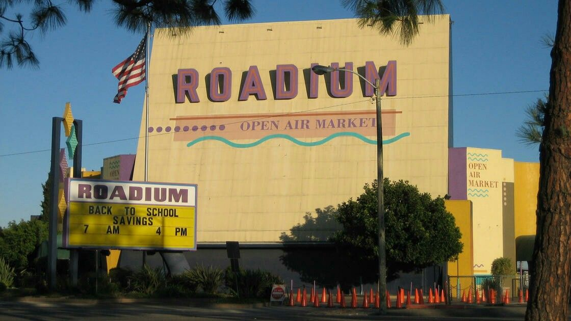 Roadium Drive In Drive In Movie Drive In Theater Drive In Movie