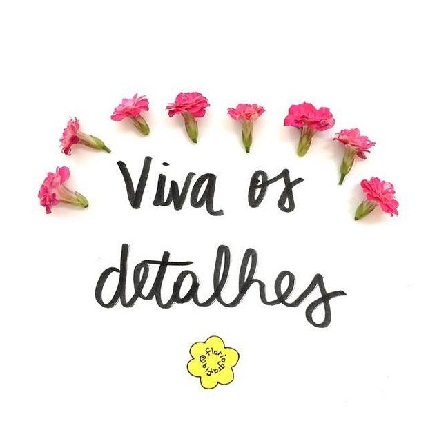 """Floriografia é uma palavra que significa """"a linguagem das flores"""", cunhada lá na Era Vitoriana, quando as flores eram usadas como um meio de comunicação representando mensagens codificadas – permitindo, então, que sentimentos fossem expressos de maneira bem discreta. Cada flor possui um significado diferente e é essa peculiaridade que o projeto Floriografia tenta retomar. […]"""