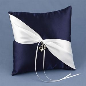Ring Pillowsimple elegantwould look good in all colors fun