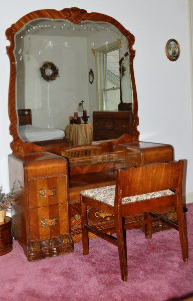 1920s Antique Bedroom Furniture | 1920u0027s Waterfall Bedroom Set