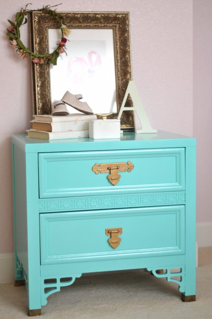 She 39 s crafty amy howard lacquer paints she 39 s crafty lacquer paint painted furniture amy for Spray paint bedroom furniture