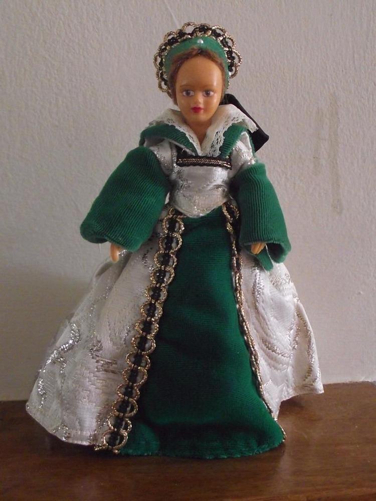Vintage Peggy Nisbet Costume Doll - Lady Jane Grey ...