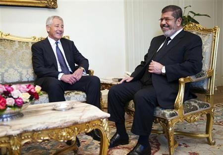 Le patron du Pentagone réaffirme le soutien américain à l'Egypte - http://www.andlil.com/le-patron-du-pentagone-reaffirme-le-soutien-americain-a-legypte-116836.html