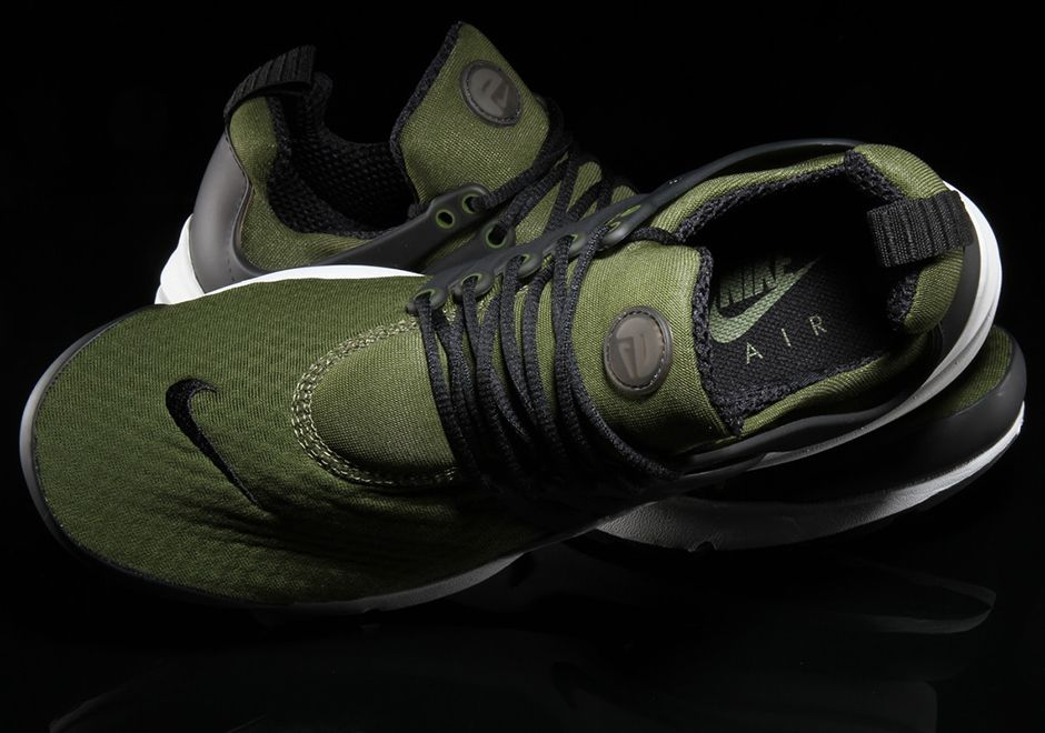 a1b3e551de Olive green is everywhere on sneakers for the past few months, and it looks  like