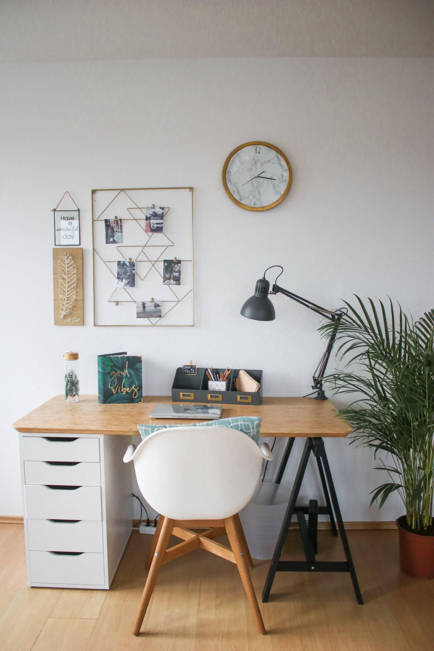 Schreibtisch DIY - Idee, um einen IKEA Schreibtisch selber zu bauen