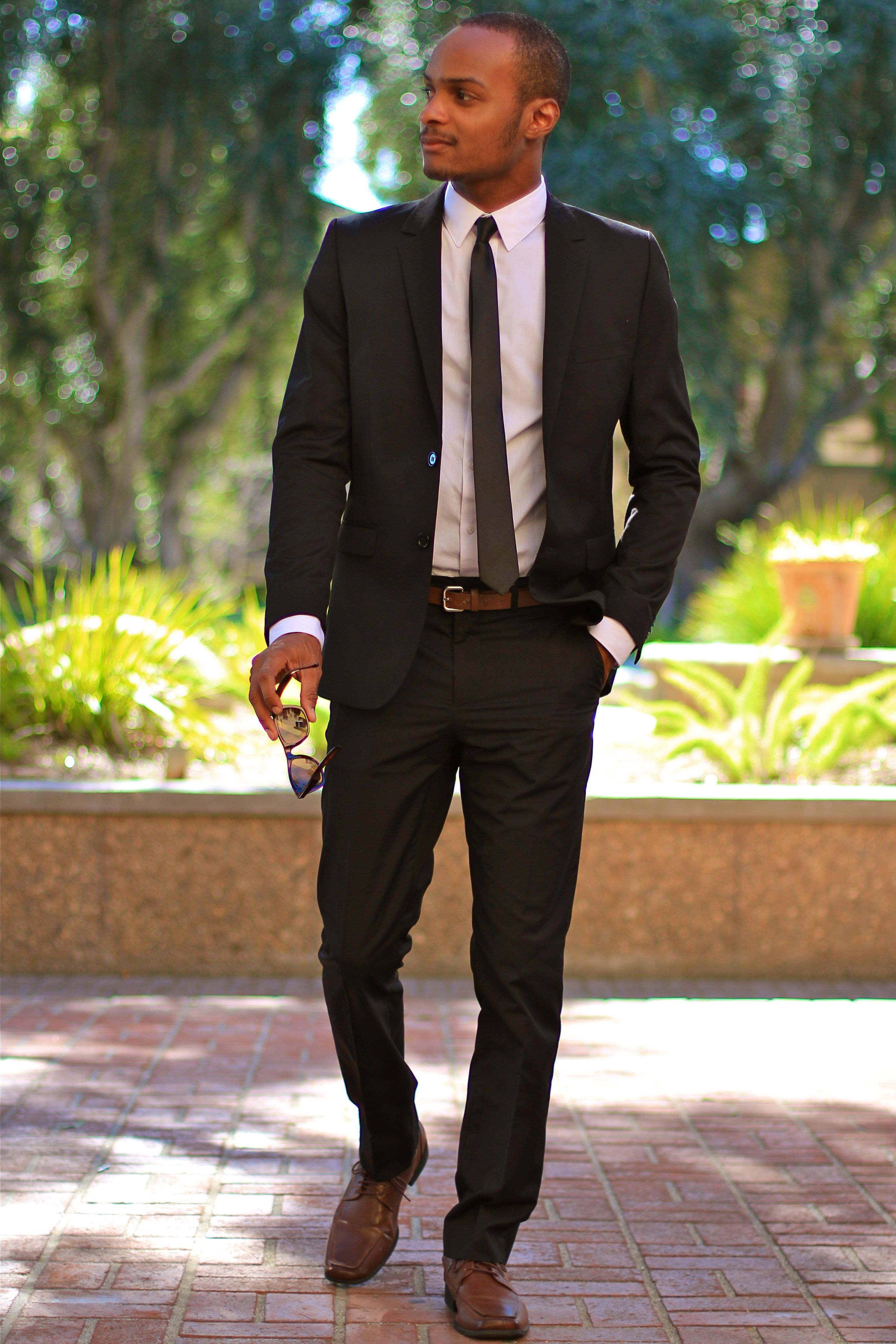 Black suit, brown shoes, black skinny tie Black suit men