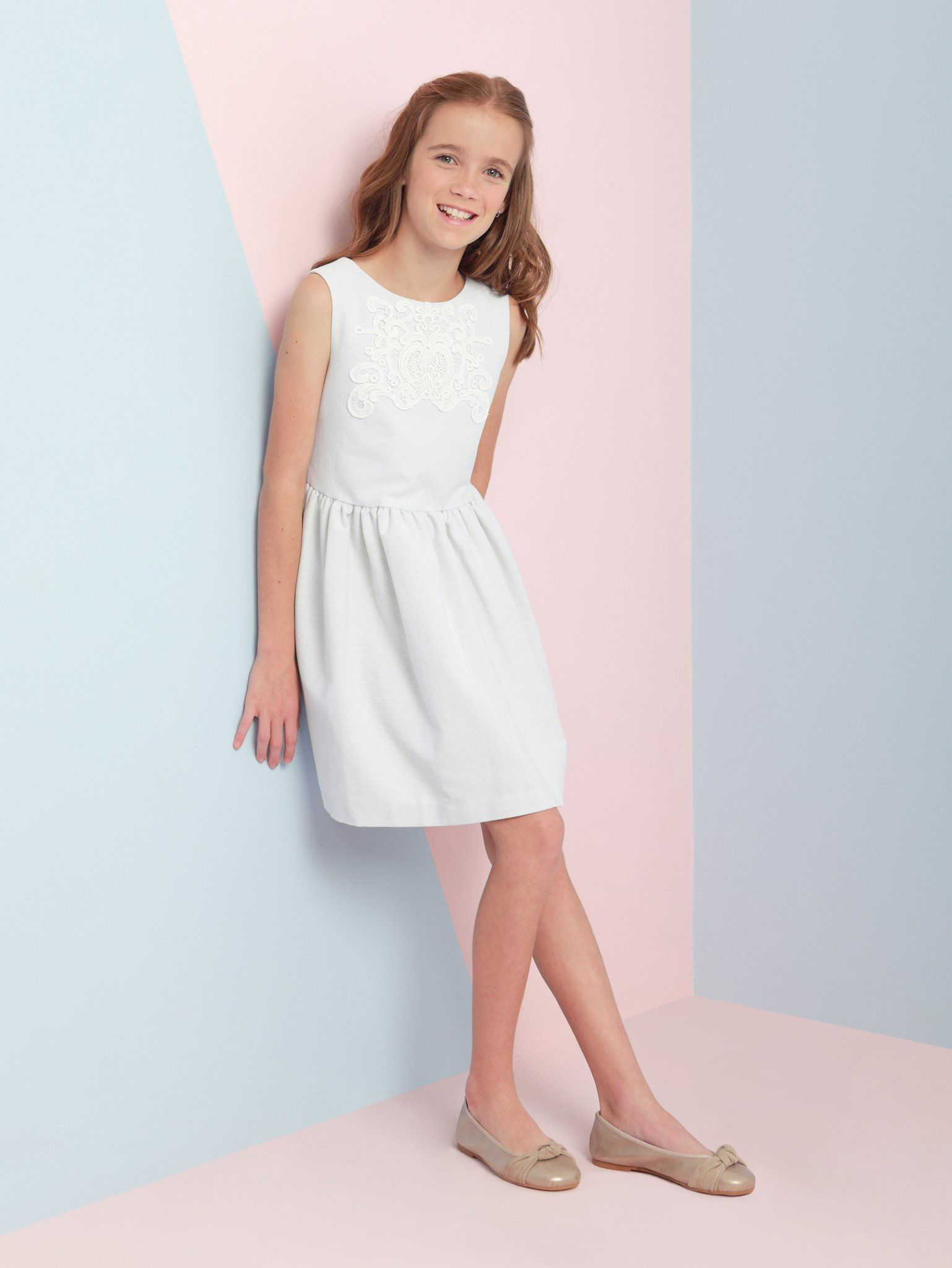 S White With Lace Lique Party Dress