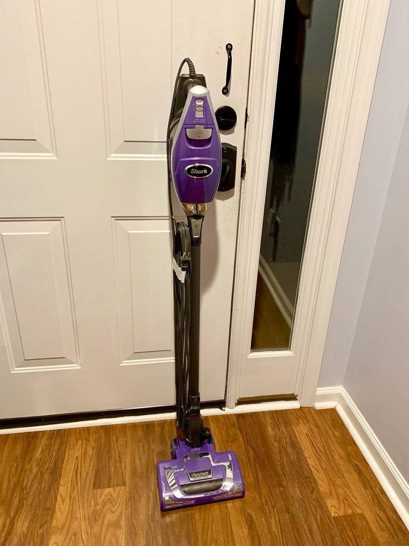 Shark Vacuum lightweight Perfect for Floors and Carpet