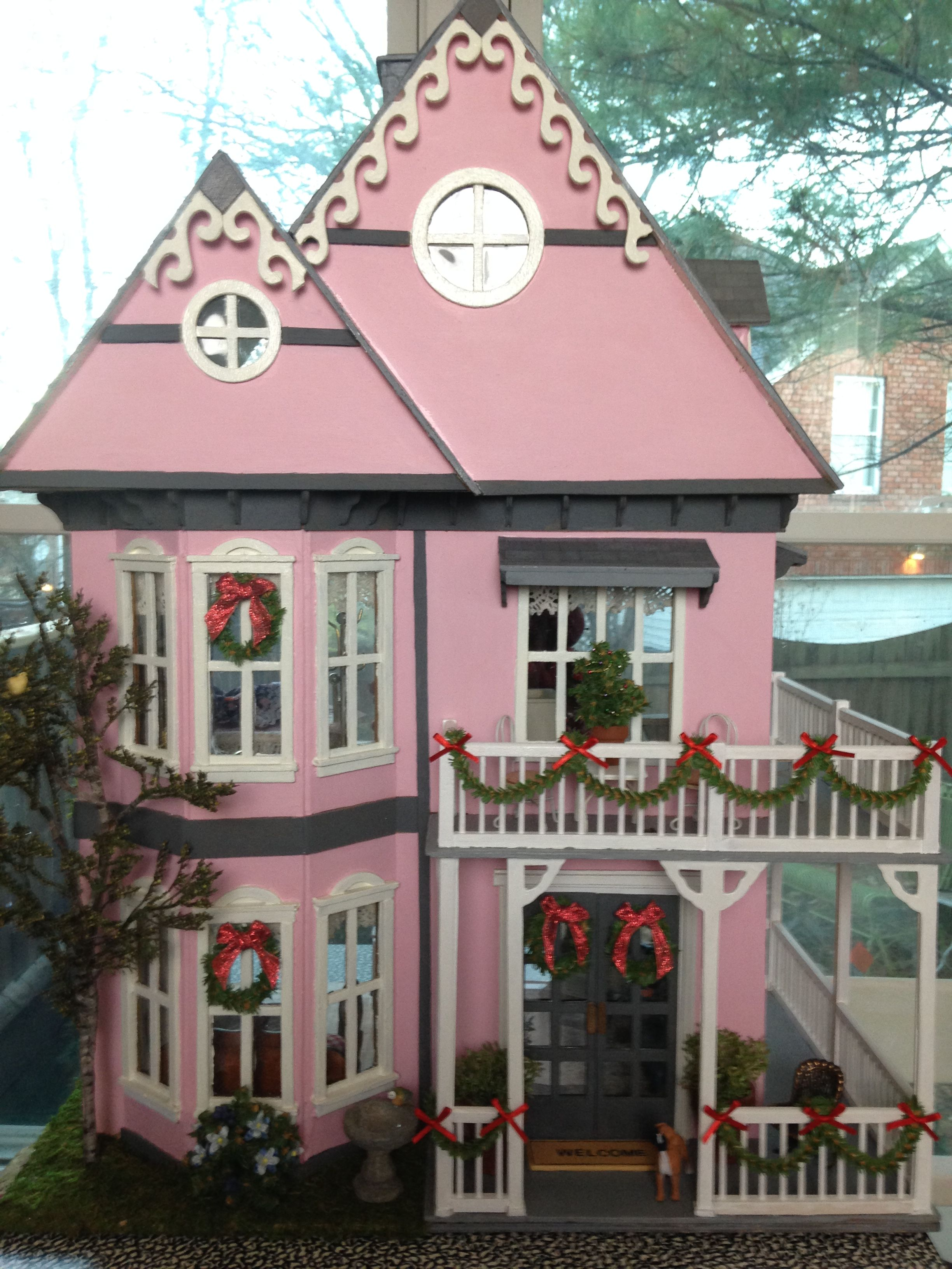 Vintage Tennyson dollhouse was repaired and redecorated. Just sold ...