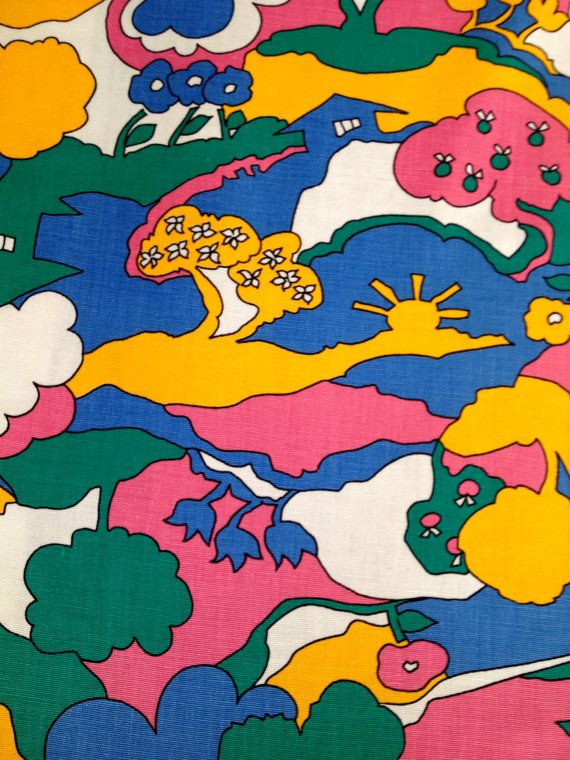 Peace Love and Flower Power!    This fab fabric from the 1960s is just plain groovy! What self respecting hippie wouldnt love this stuff?   A medium to