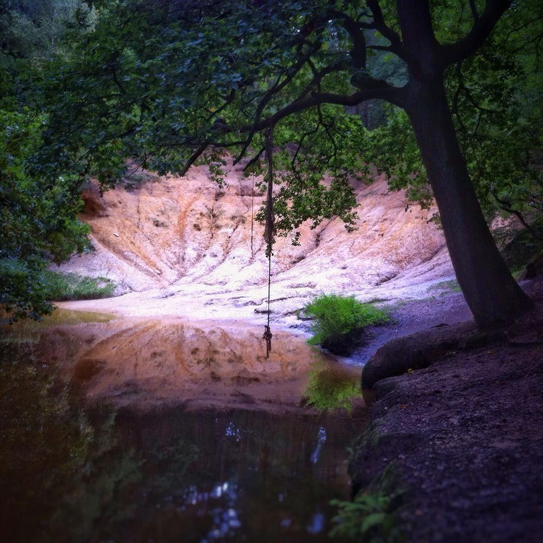 De Leubeek langs de #Litsberg in het #Leudal. #reflection #nature by henrigubbels