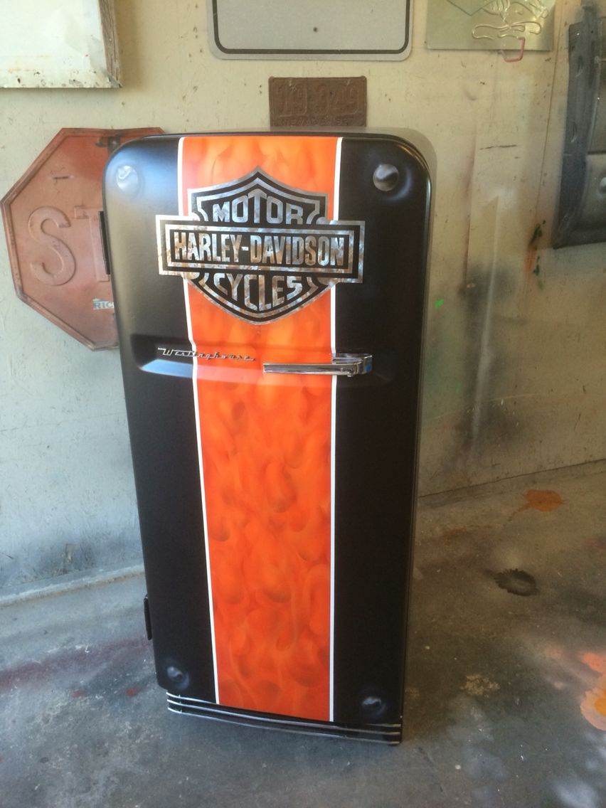 1952 Westinghouse Fridge With A Paint Job Worthy Of A