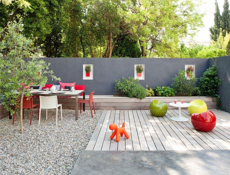 Inspiration for my garden wall; yellow concrete Housey stuff - peinture terrasse beton exterieur