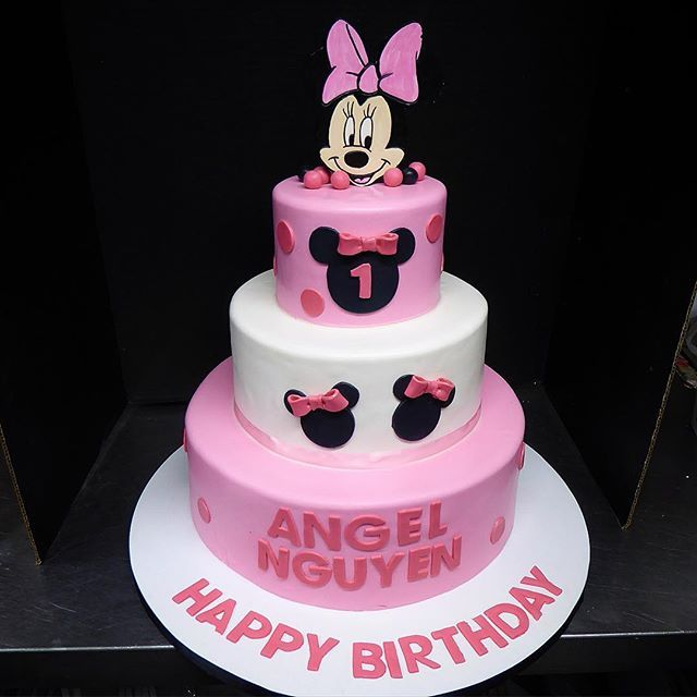 First Birthday Cake Customcake Minniemouse Disney Honolulu
