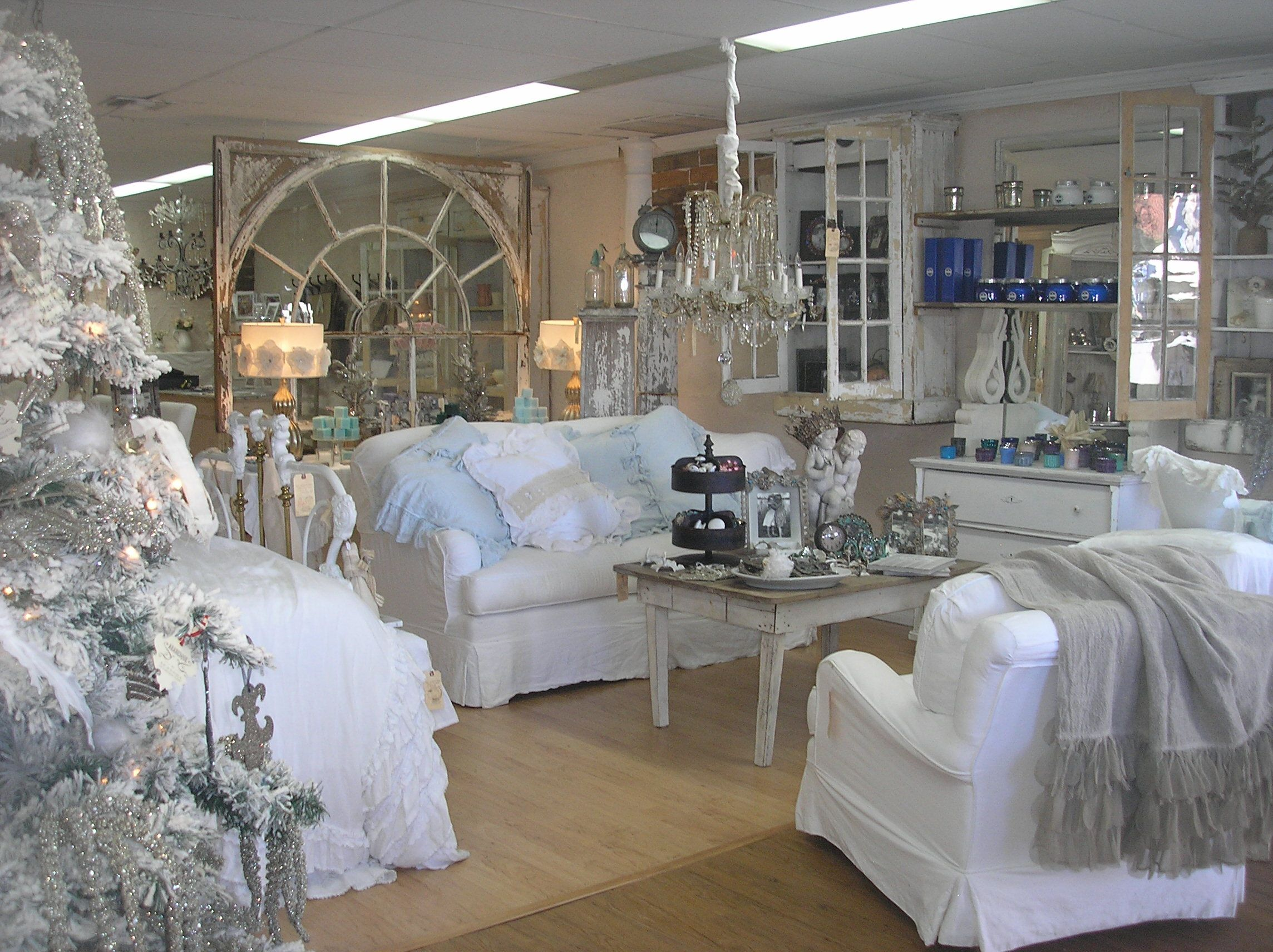 Perfect Gorgeous Store In Venice, FL
