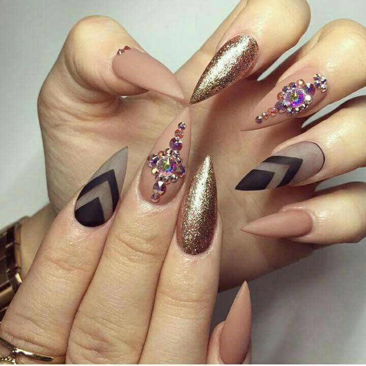 Pin by Teihani Casil on Mani . Pedis | GEL. Diamonds | Pinterest