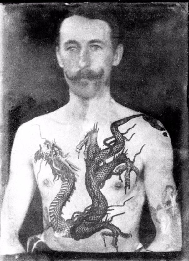 Photo of Amazing Photos Reveal the Work of Britain's First Tattoo Artist in Victorian Times