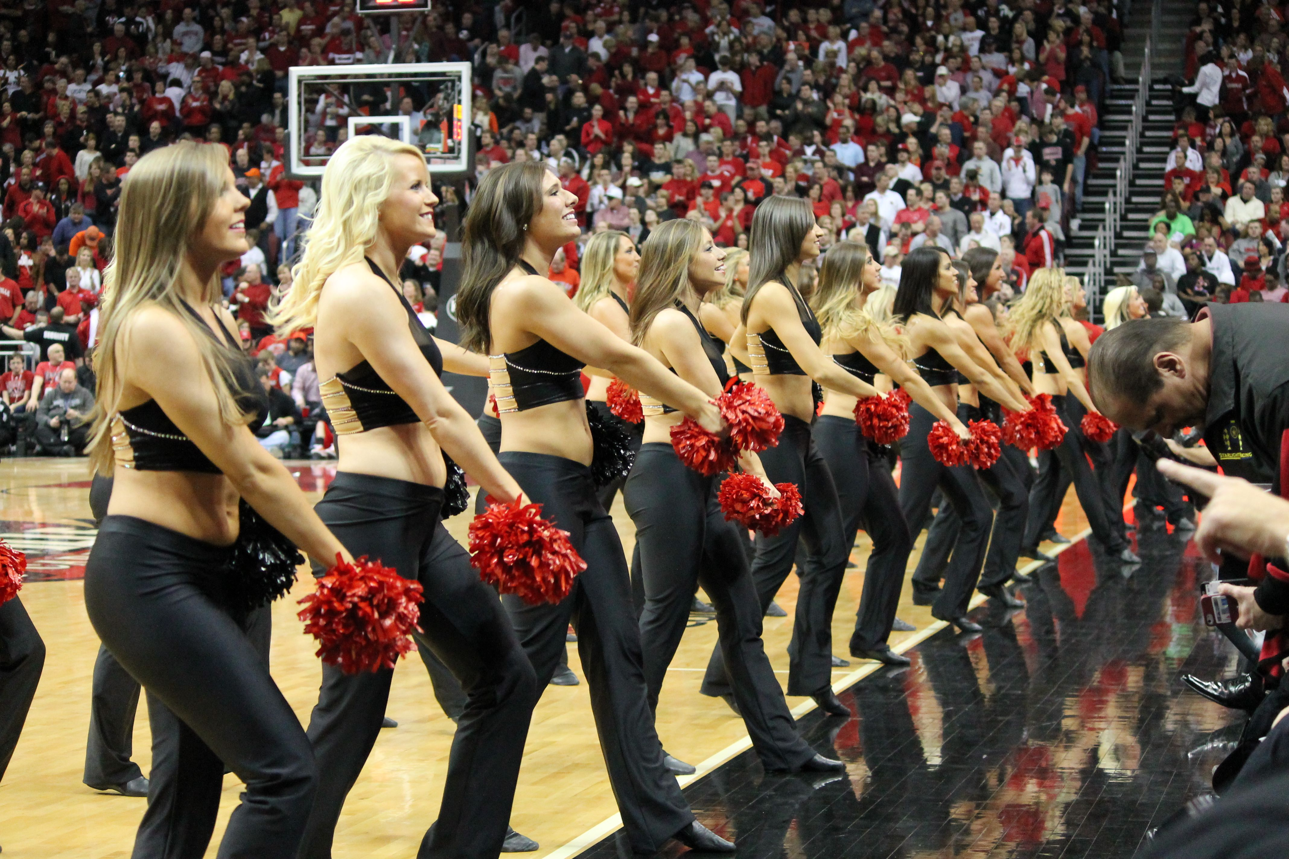 Ladybirds Performing Their Pregame Sideline Routines At A University Of Louisville Men S Basketball Louisville Basketball Basketball Goals Basketball Training