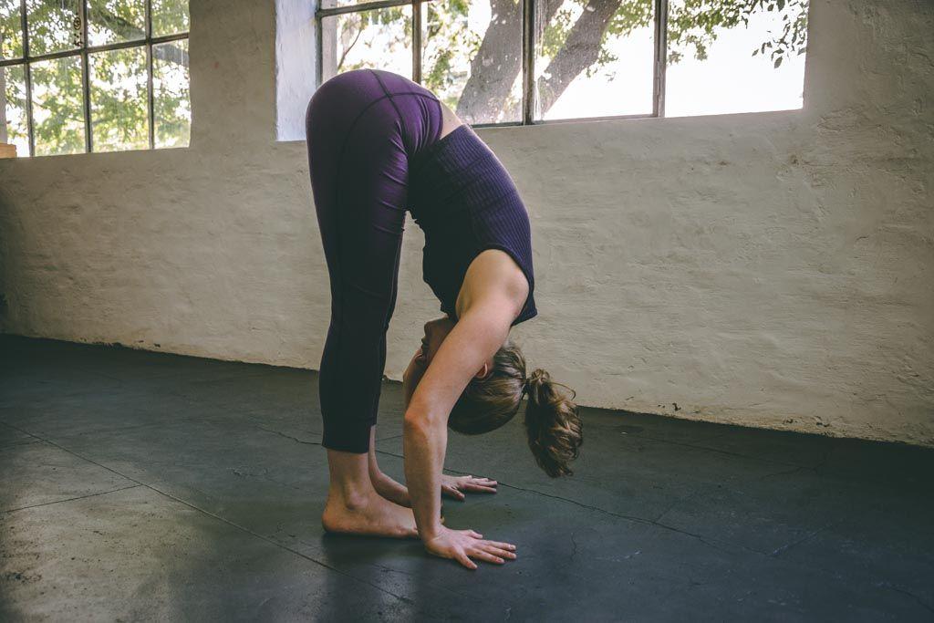 Cuestiones anatómicas de las posturas de flexión | Yoga and Gym