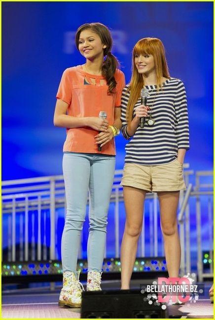 Bella Thorne! Cute tops.