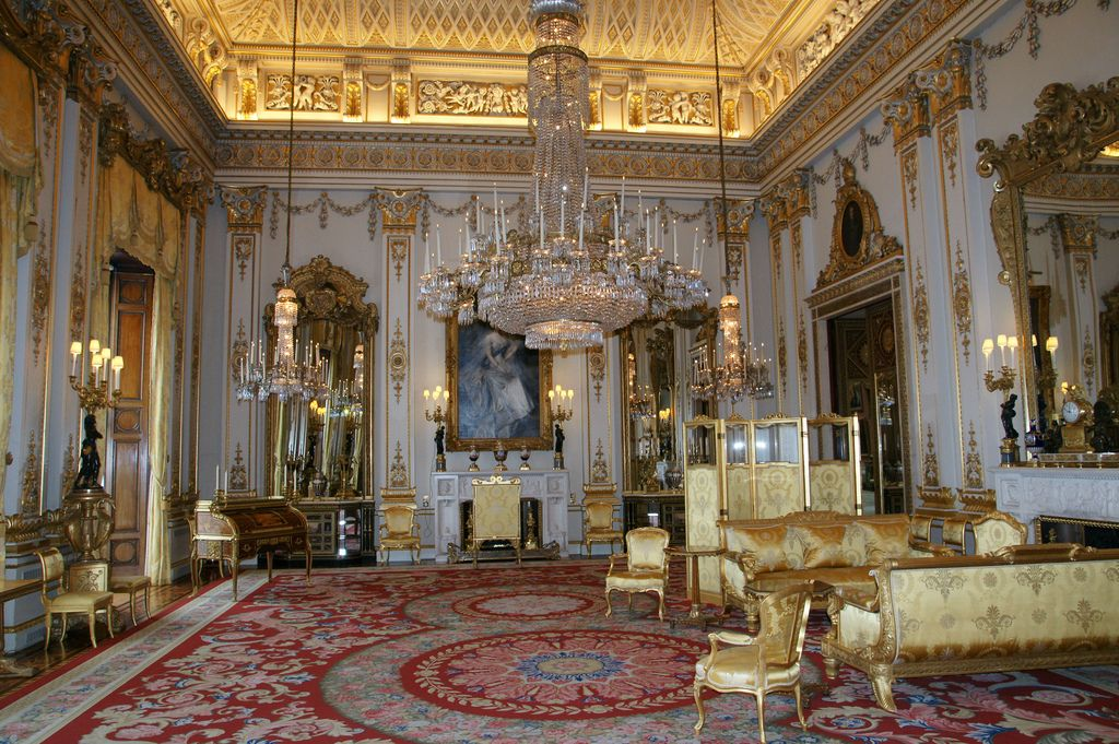 The White Drawing Room Buckingham Palace