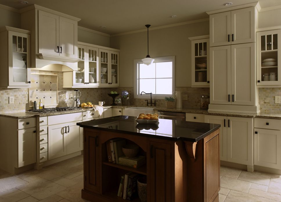 Shaker Painted Cream Kitchen Cabinets with Mocha Cinnamon ...