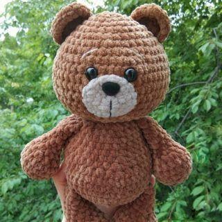 Crochet plush bear free pattern | Amiguroom Toys