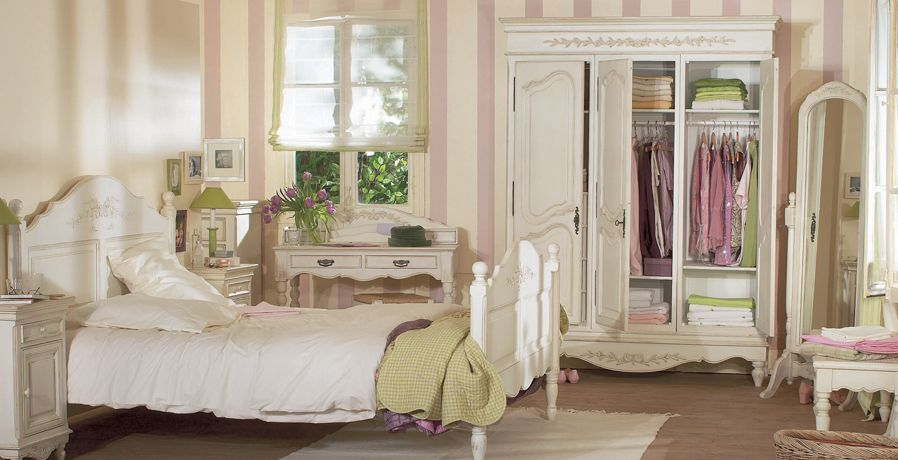 Bedroom furniture, shabby chic country, white solid wood, French Louis XV style