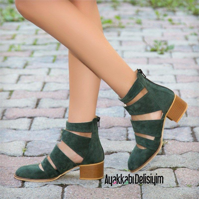 Yesil Babet Ve Sandalet Modelleri Cok Moda Haki Green Sandals Flat Shoes Topuklular Topuklu Ayakkabilar Ayakkabilar