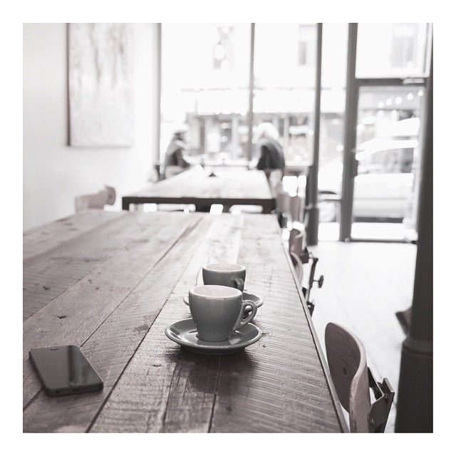 """A little relaxed Moment #hamburg #ottensen#cafe #kaffee #break #interior #table #mittag"""