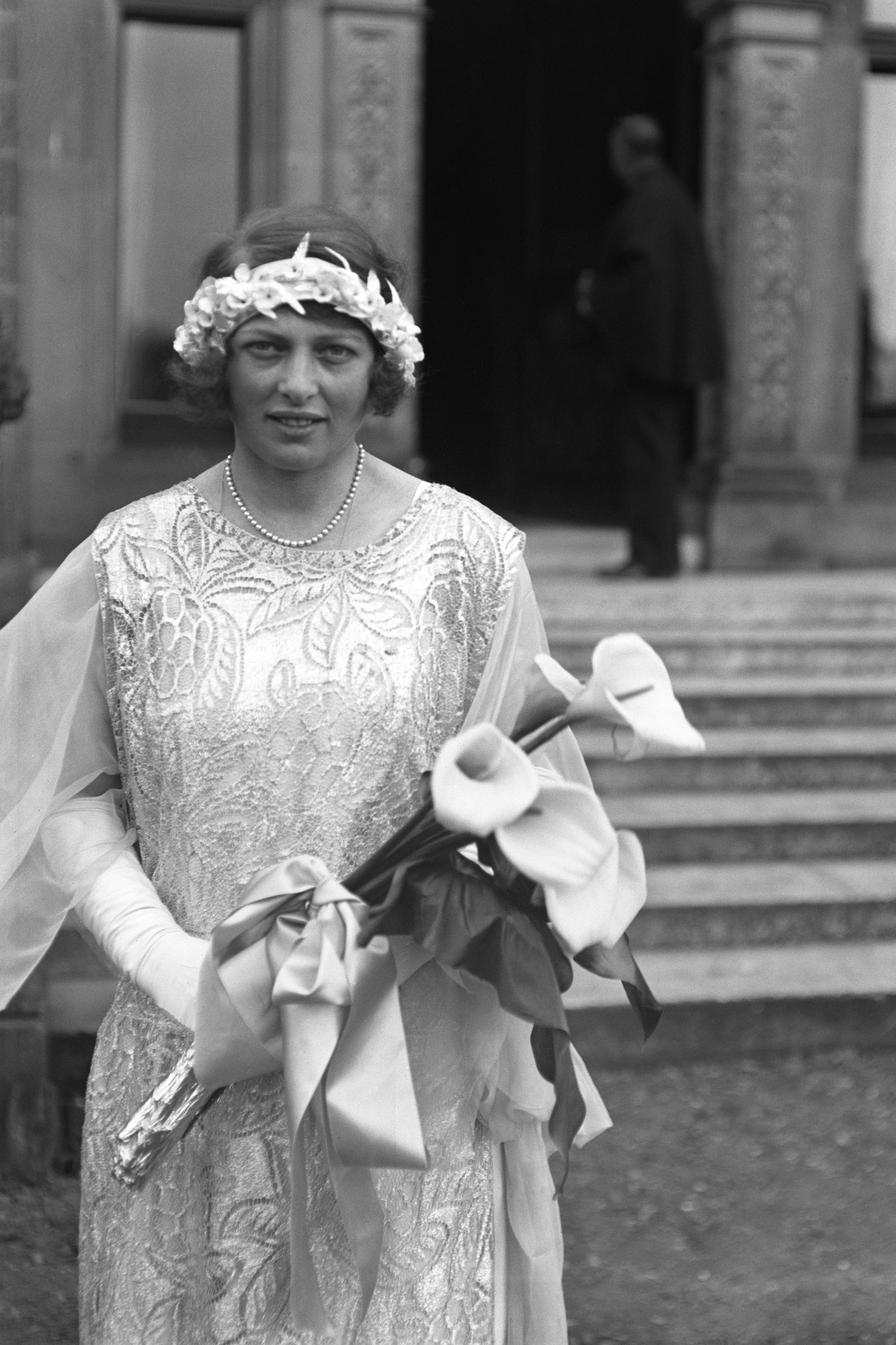 10b710cb144 1923  Lady Mary Cambridge goodhousemag Bridesmaid Duties
