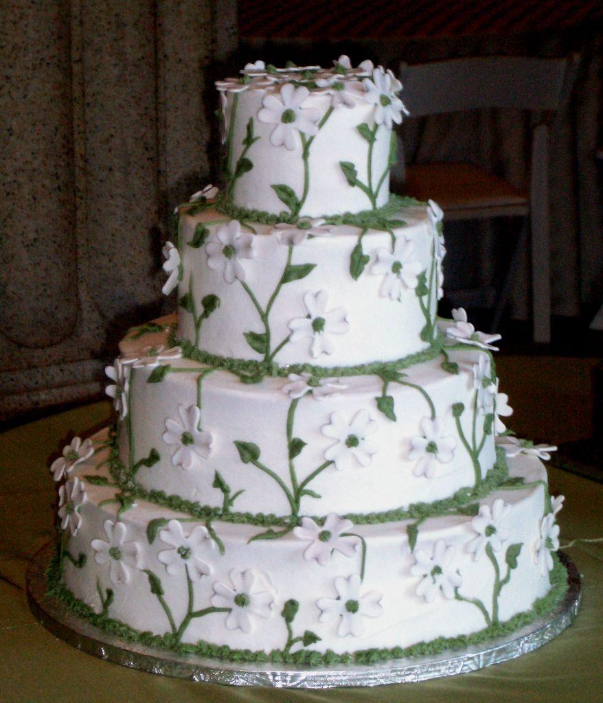 White Daisy Wedding Cake