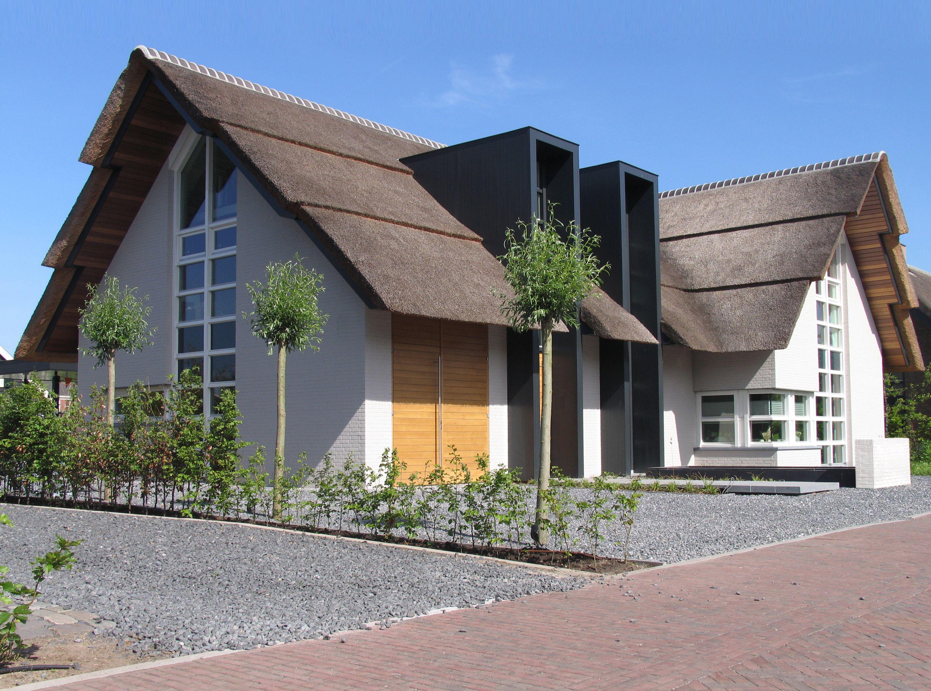 modern landelijke woning vrijstaande witte villa met