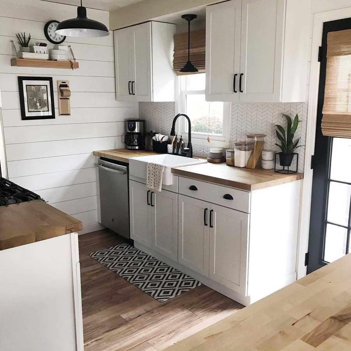 10 Small Kitchen Decor And Design Ideas In 2021 Kitchen Design Small Small Kitchen Decor Small Kitchen Renovations