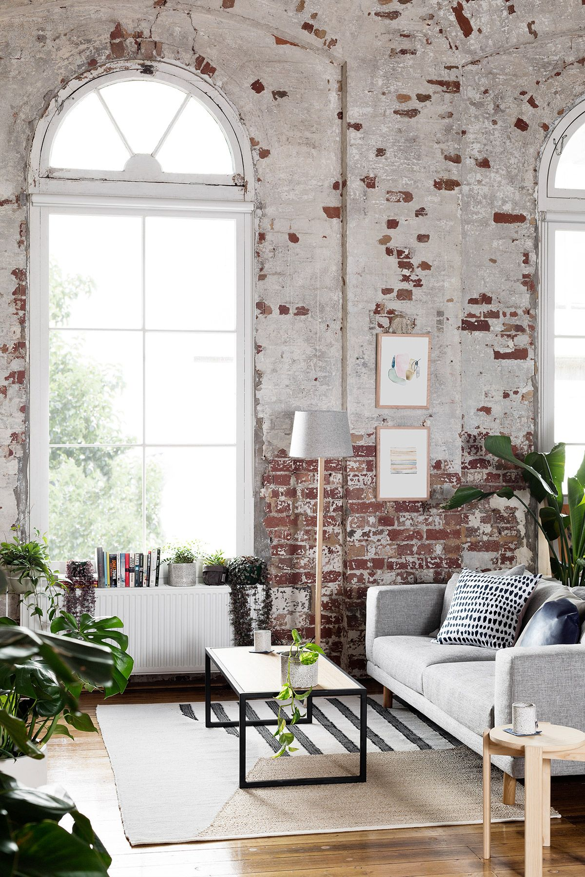 Gravity Home: Warehouse Apartment Hunting for George   WOHNZIMMER ...